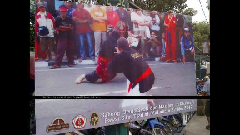 Mas Denis nel Poster Silat Yogya