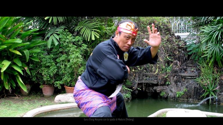 Guru O'ong  sikap spada Bawean style 02
