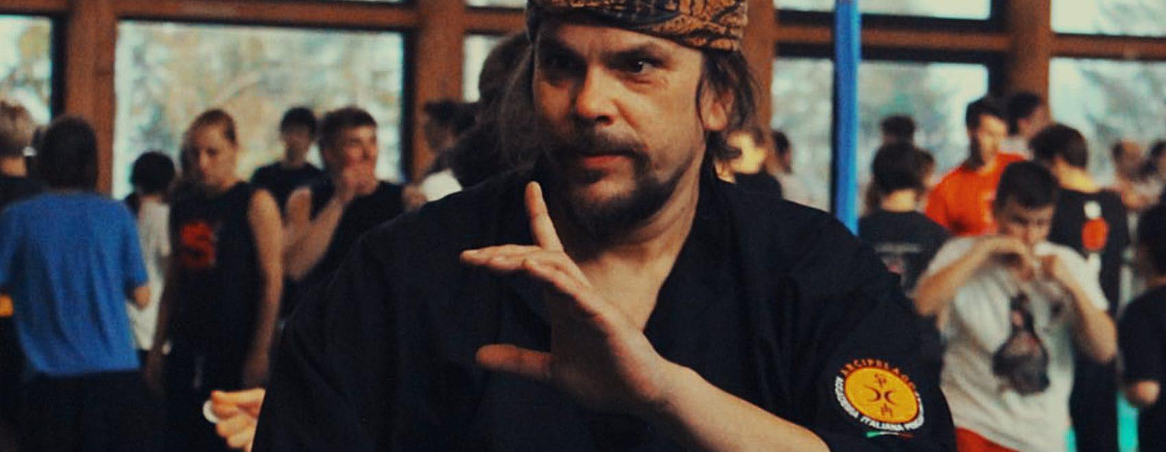 mas Denis Brecevaz Silat Master