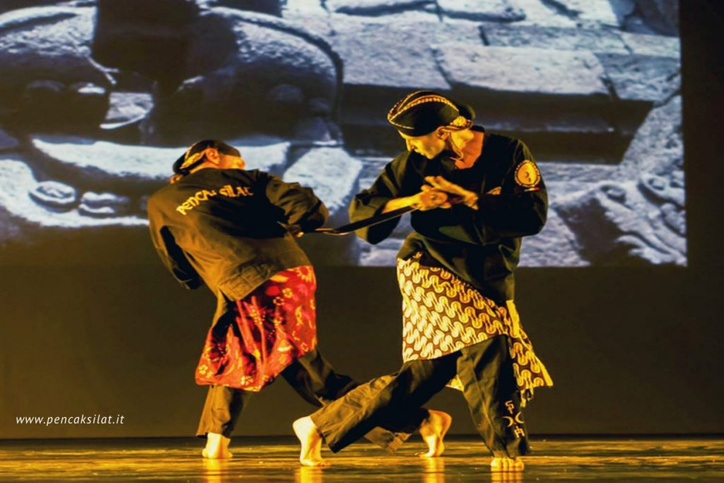 Pakem: Silat e musica con L'Accademia Arcipelago
